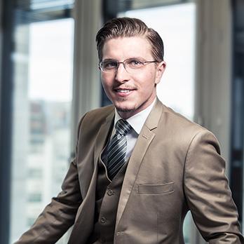 Martin Bürger, Geschäftsführender Inhaber | Managing Conslt.DE CN EN
